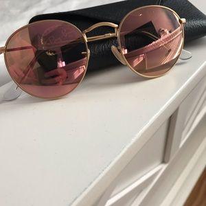 Pink circle frame ray bans